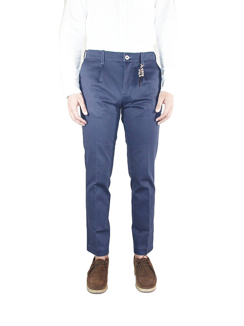 Pantalone slim fit una pence in denim blu R92 D-BNA