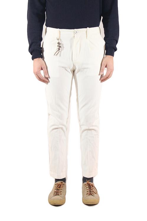 R92 V-B Pantalone una pence slim fit velluto coste bianco
