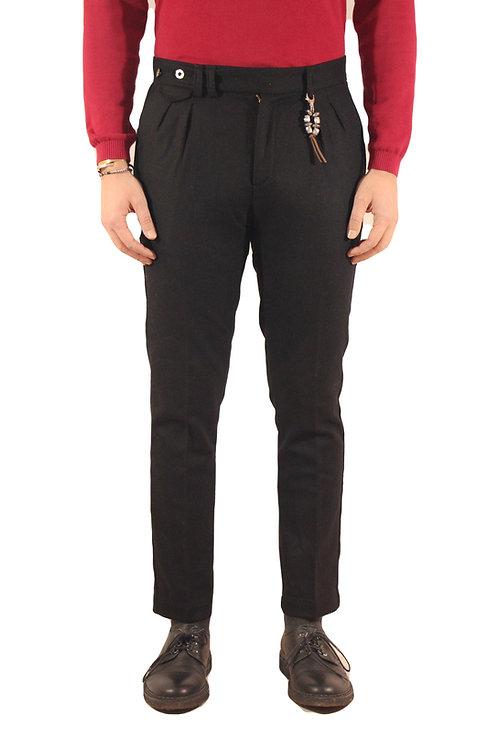 R96 LA-N Pantalone slim fit doppia pences lana nera