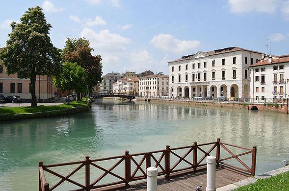 River_Sile_in_Treviso.JPG