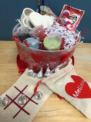 Valentine's craft kit - Pottery or canvas not included