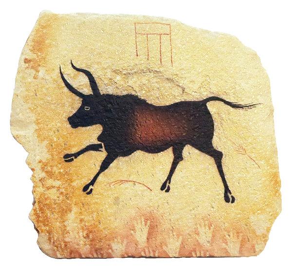 Lascaux Bull painting on quartzite