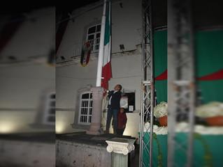 Ariel Trujillo Córdova realizó el izamiento de bandera en conmemoración de los Niños Héroes