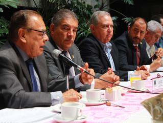 El Diputado Gonzalo Herrera Pérez visito Comisión de Ganadería y Asuntos Indígenas para analizar su