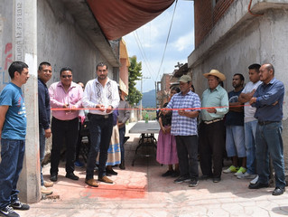 El Presidente Adrián Melgoza Novoa inauguro la calle Lázaro Cárdenas en Jaracuaro
