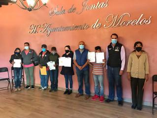 Presidente de Morelos Hace Entrega de Actas Apostilladas