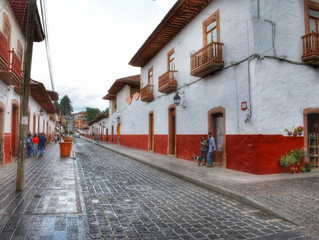 Inicia recuperación de imagen urbana del Centro Histórico de Patzcuaro