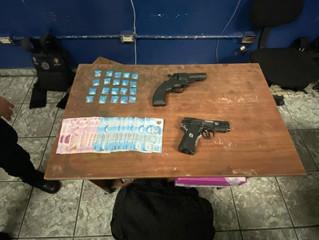 Se tienen a tres presuntos narcomenudistas, ademas involucrados en robos a cuenta habitantes y comer