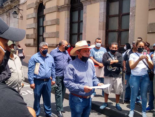 Atiende diputado Salvador Arvizu a transportistas