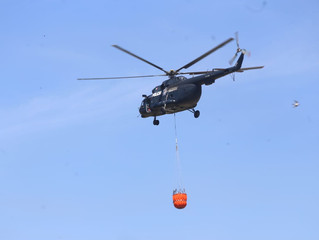 Arriba equipo aéreo a Tuxpan para atender incendios forestales