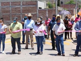 Presidenta de Puruándiro Realiza Base de Concreto Hidráulico