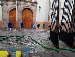 Ayuntamiento de Puruándiro Sigue con la Sanitización los Espacios Públicos