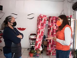 Candidata a la presidencia Paulina Bedolla recorre la calle Zaragoza visitando a los Ciudadanos