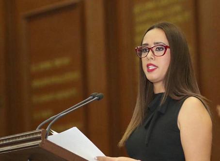 Tere Mora presenta iniciativa para que haya mayor análisis en la procedencia de juicios políticos