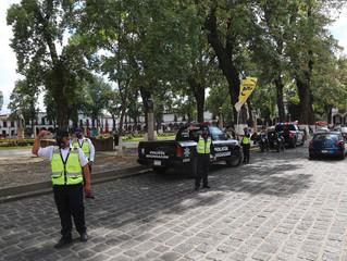 Ante incremento de casos de COVID-19 instalan Banderas Amarillas en Pátzcuaro