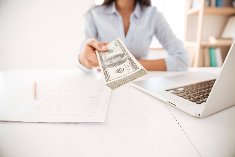finx займы наличными в офисе