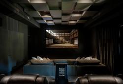 חדר קולנוע פרטי