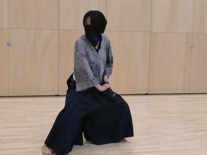 剣舞右近流の初級クラス「雲組」の稽古