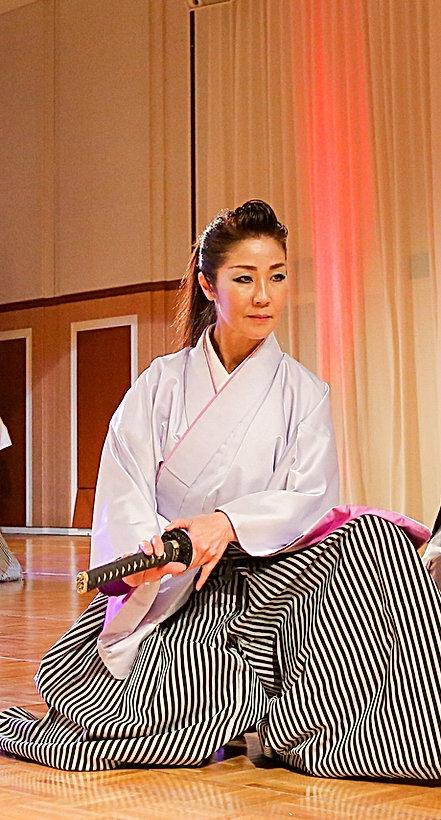 横須賀ウサミダンススクールゲスト出演殺陣剣舞-雲-さゆり