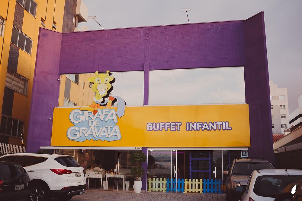 buffet infantil girafa de gravata em curitiba