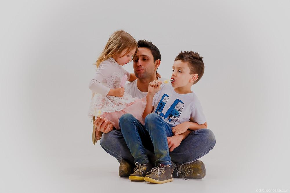 foto em estúdio Curitiba | Fotografia de família | ensaio de irmãos | Adrieli Cancelier