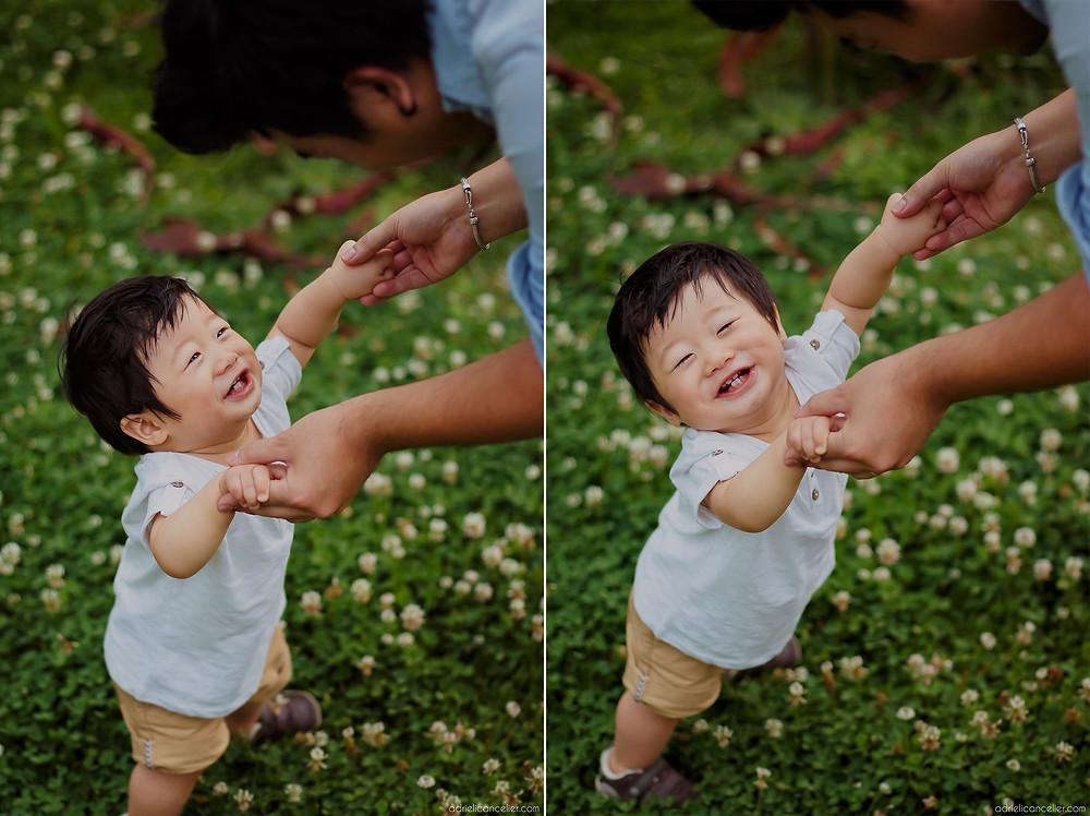 book de bebê japonês aprendendo a andar em Curitiba no Jardim Botânico pela fotógrafa Adrieli Cancelier