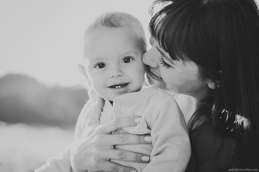 fotografia de família em Curitiba por Adrieli Cancelier | ensaio fotográfico de família em Curitiba | bebê 6 meses