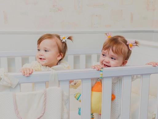 Fotografia de bebê lifestyle | Aurora e Martina, 1 ano