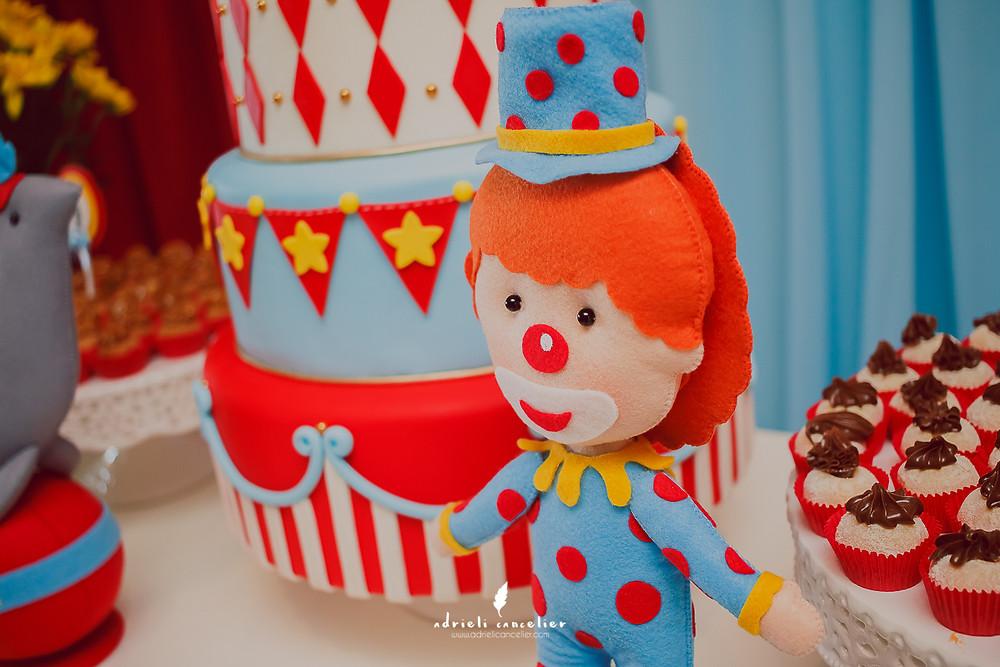 festa infantil em curitiba, adrieli cancelier, fotógrafa, decoração de circo