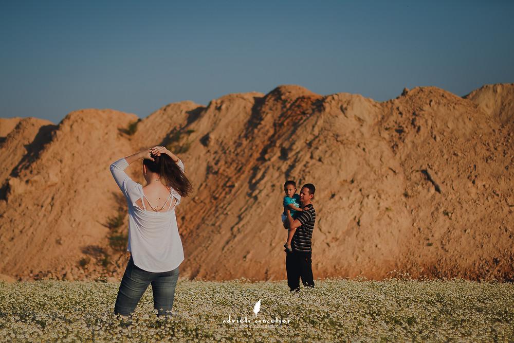 fotografia infantil curitiba, campo de camomila