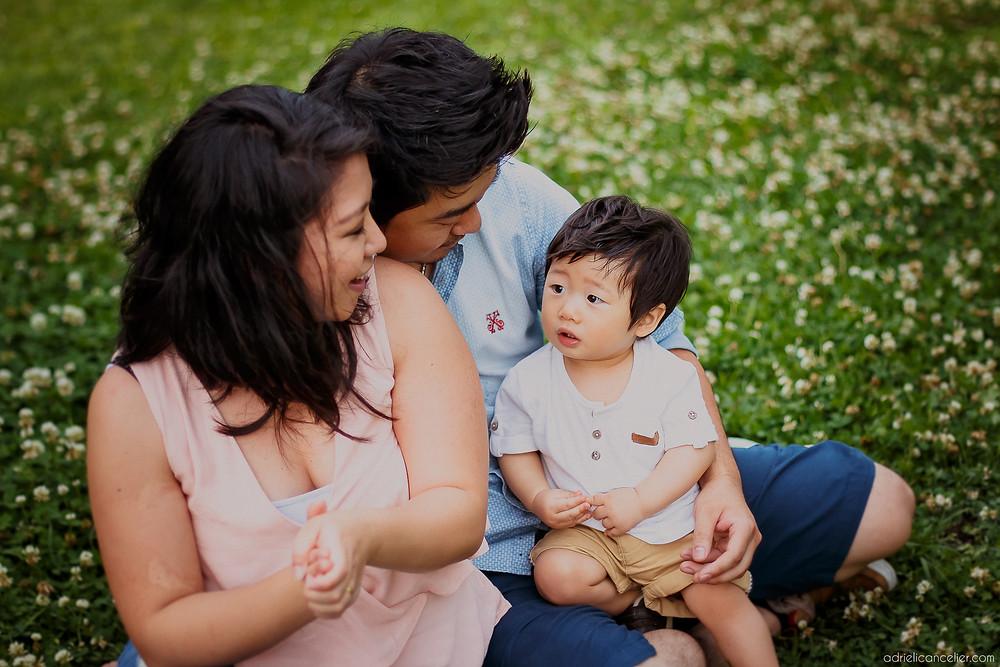 ensaio fotográfico de bebê japonês em Curitiba no Jardim Botânico pela fotógrafa Adrieli Cancelier