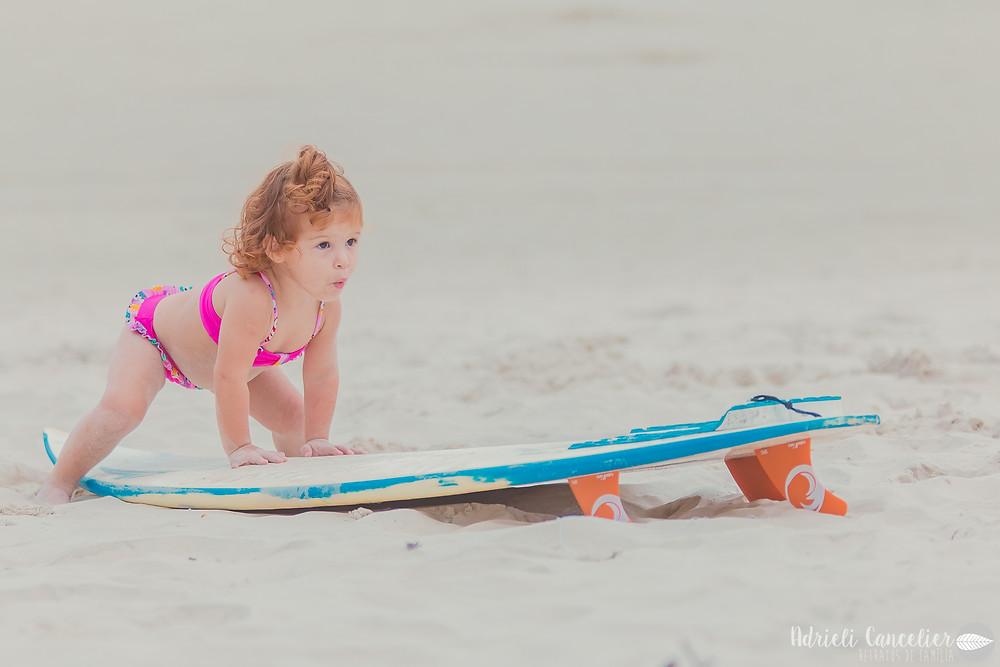 ensaio fotográfio de bebê na praia | curitiba | 2 anos | gemeas | ruivas