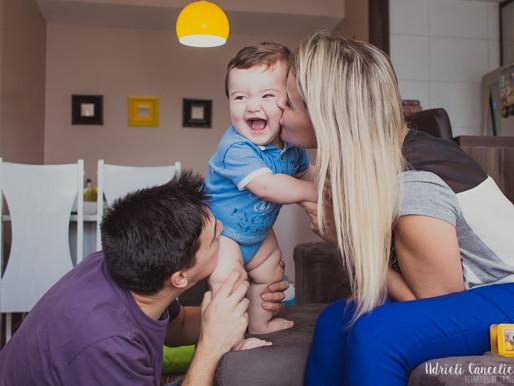 Fotografia de Família em Curitiba | A família do William - bebê, 8 meses