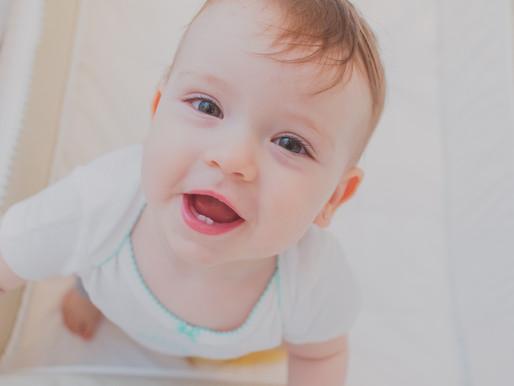 Fotografia da Família Cardon Brandão em Curitiba | Giovanna, 11 meses