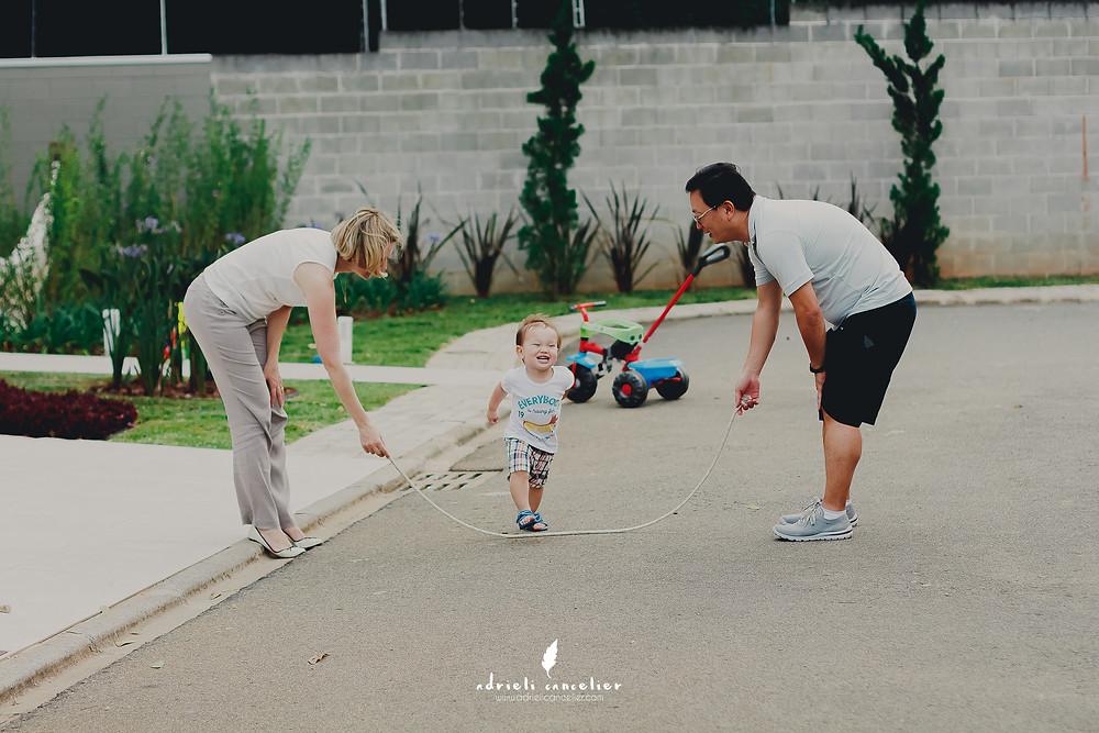 fotografia lifestyle de família em Curitiba