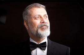 Mahmoud Shoolizadeh - Director - Susan