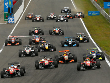 Tveter Bags Eighth-Place Points on Saturday In First FIA Formula 3 Race at Zandvoort