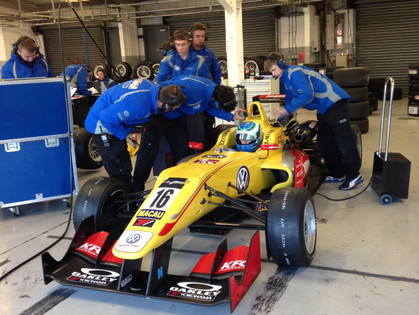 Tveter Very Quick in FIA Formula 3 Winter Testing