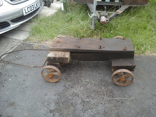 Stearable Stationary engine trolley