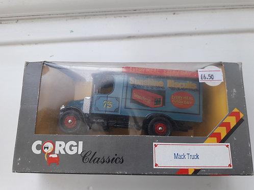 Corgi C906/2 1/43 scale Mack Truck Sunshine Biscuits