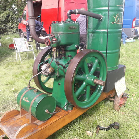 1943 Lister L type petrol stationary engine