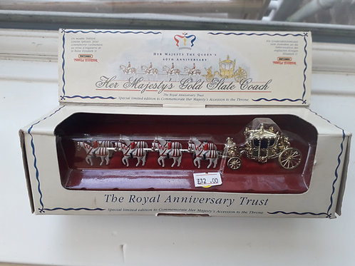 Matchbox Models of Yesteryear YY66 Her Majesty's Gold State Coach