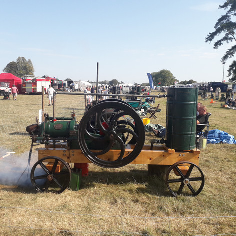 Blackstone 7HP oil engine