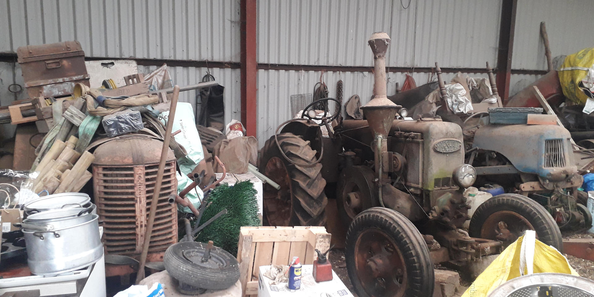 Barn find tractors wanted CASH PAID