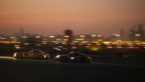 apex-dubai-autodrome-sunset-racing-3jpg