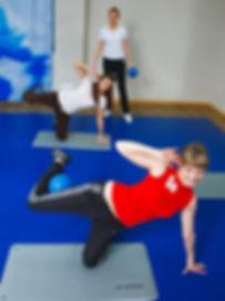 """Тренировка по программе """"Женское здоровье"""" в фитнес-центре Медлайф"""