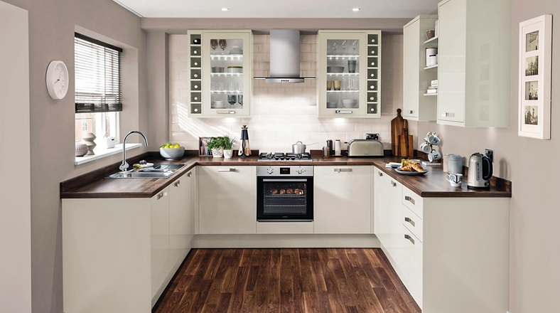 universal kitchen- our budget fitted kitchen
