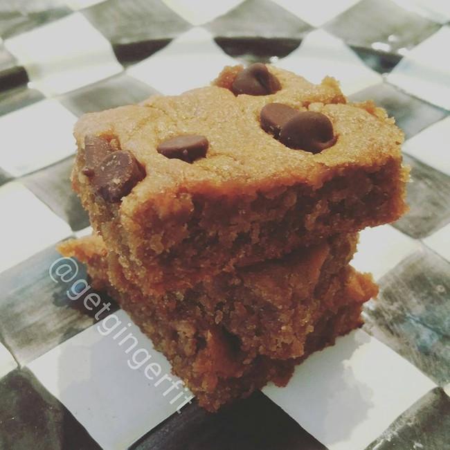 Delicious Peanut Butter Squares!!