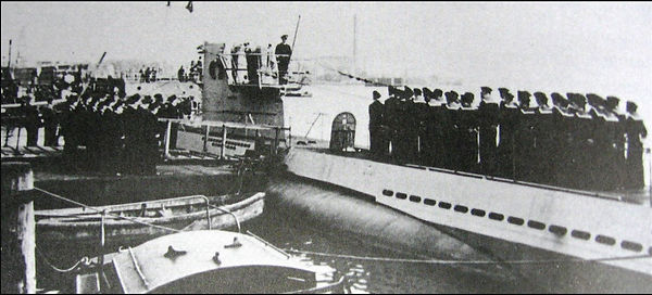 U-352 crew at msn launch in Europe.jpg