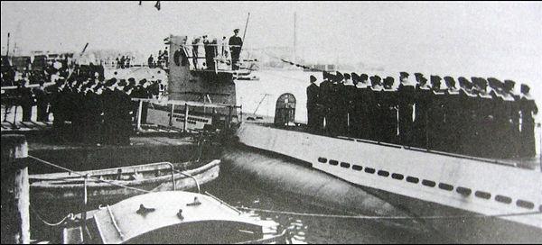 U-352 crew at msn launch in Europe.jpg